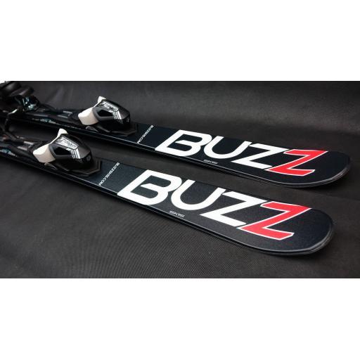buzz-gyro-black-red-2020-126cms-adult-short-skis-inc-tyrolia-bindings-just-arrived-[2]-3877-p.jpg