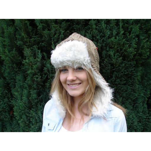 Ice Peak Camel KNITTED TRAPPER STYLE HAT (1) (2)